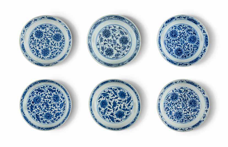 Six blue and white lotus dishes, Qing Dynasty