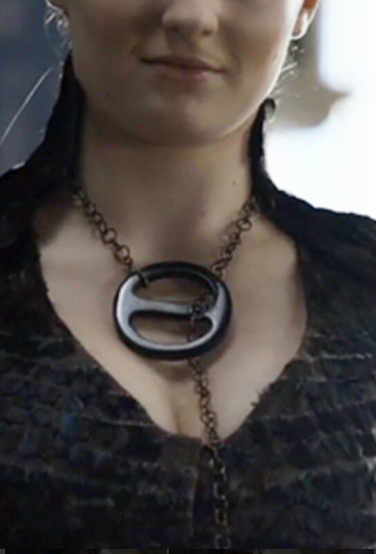 Sansa black necklace game of thrones cosplay