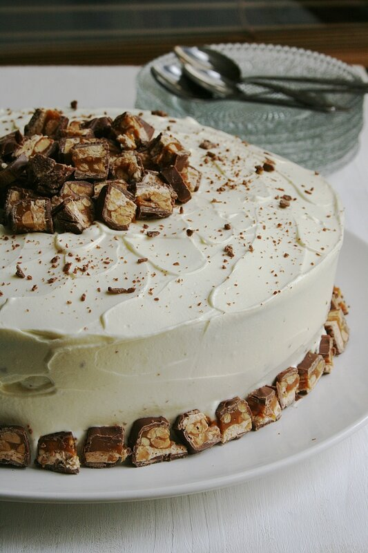 Snickers layer cake - Minouchka 1