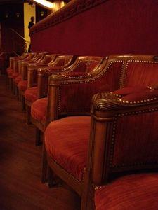 le th tre des champs elys es f te ses 100 ans paris vu de paris. Black Bedroom Furniture Sets. Home Design Ideas