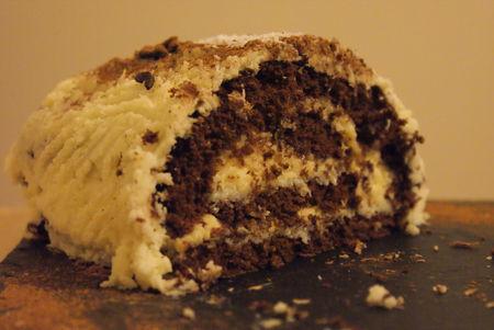 buche_chocolat_blanc_et_noix_de_coco_4