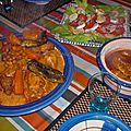 Couscous marocain d'orge au poulet et aux légumes