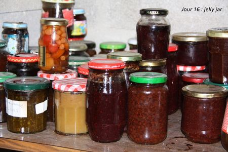 jour 16 jelly jar