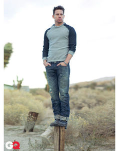 GQ_March_2011_photoshoot_channing_tatum_30618639_409_516