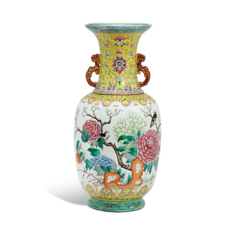 A famille rose two-handled 'birds and flowers' vase, 19th century, four-Character shende Tang Zhi mark in iron-red (2)
