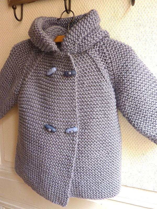 tricoter un manteau pour poupon