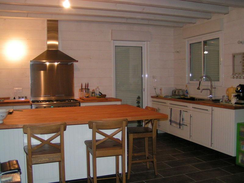 trop belle la cuisine ma maison en bois de a z. Black Bedroom Furniture Sets. Home Design Ideas