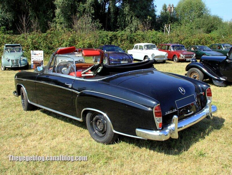 Mercedes 220 SE ponton (1956-1959)(Auto Retro nord Alsace Betschdorf) 02