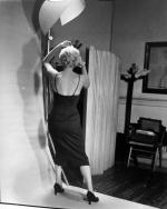 1954-jump-by_halsman-backstage-4