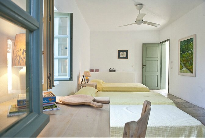 modern_vacation_rentals_paros_greece_0151