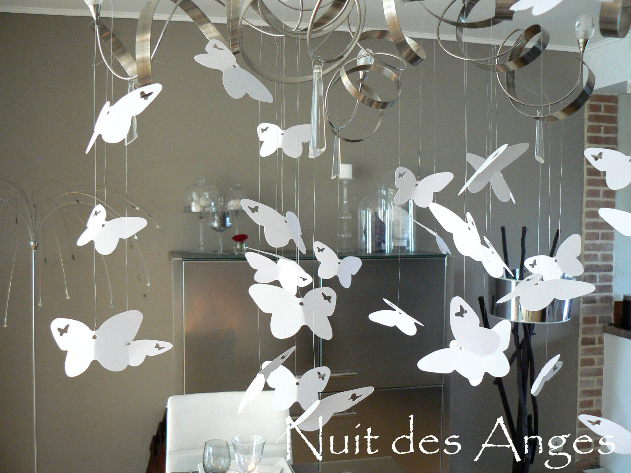Decoration de mariage theme papillon id es et d for Papillon de decoration