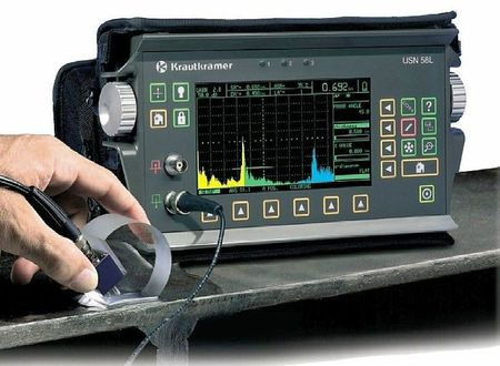 detecteur-de-fissure-a-ultrasons-portable-pour-usage-exterieur