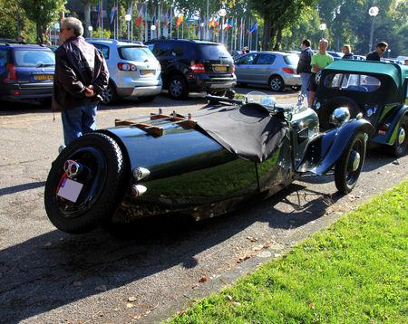 Morgan_type_F_super_three_wheeler_roadster___1936_1952__Retrorencard_octobre_2010__02