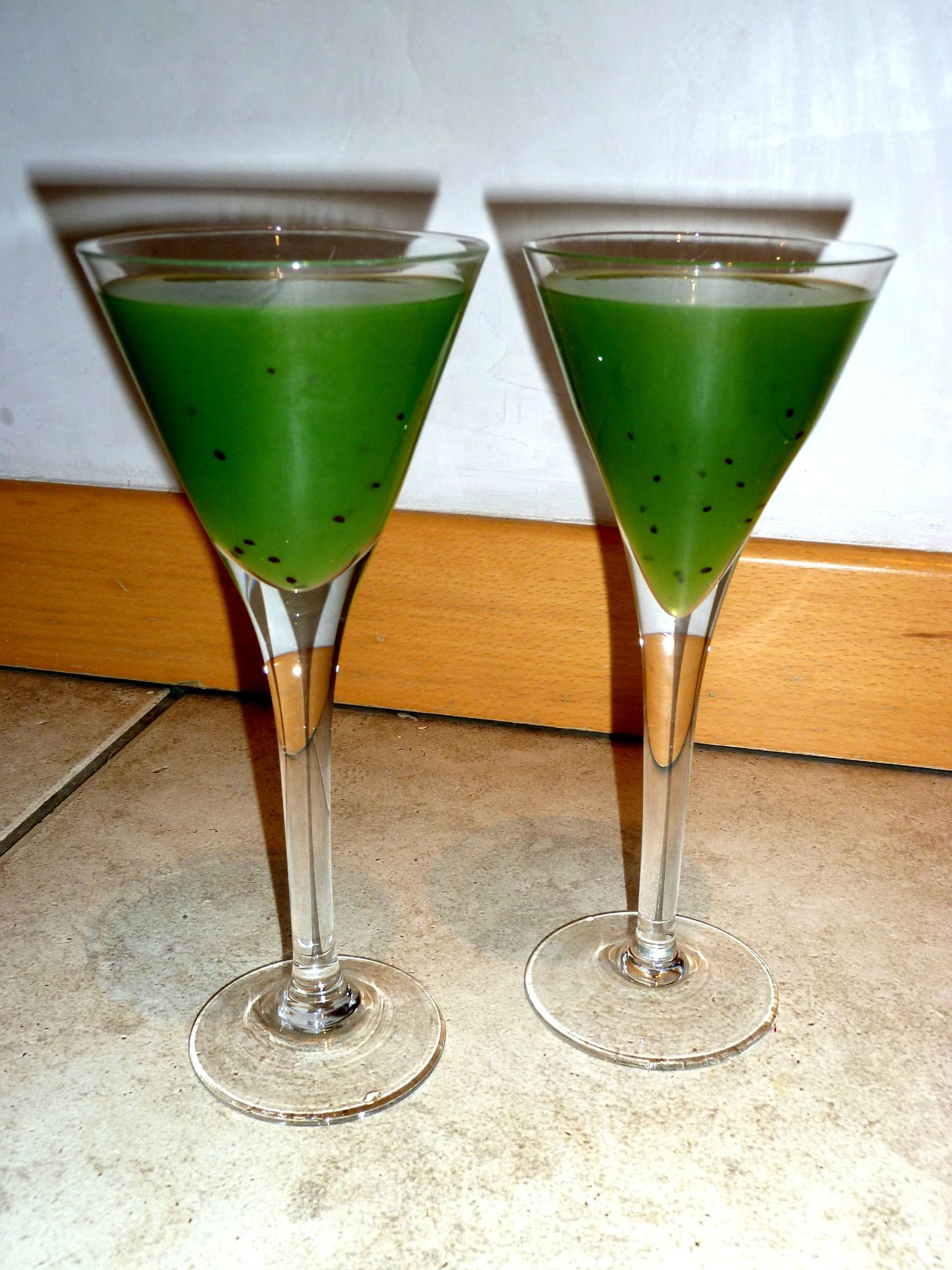 Cocktail kiwi vodka les d lices de la jeunesse for Cocktail kiwi vodka