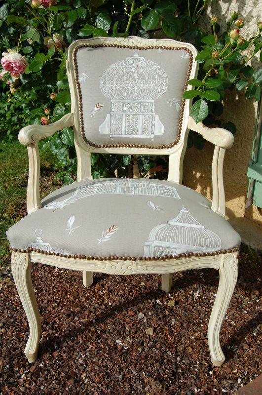fauteuil cabriolet meubles peints et compagnie. Black Bedroom Furniture Sets. Home Design Ideas
