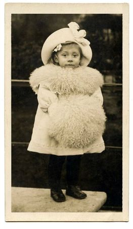 girl in fur vintage image graphicsfairy007c