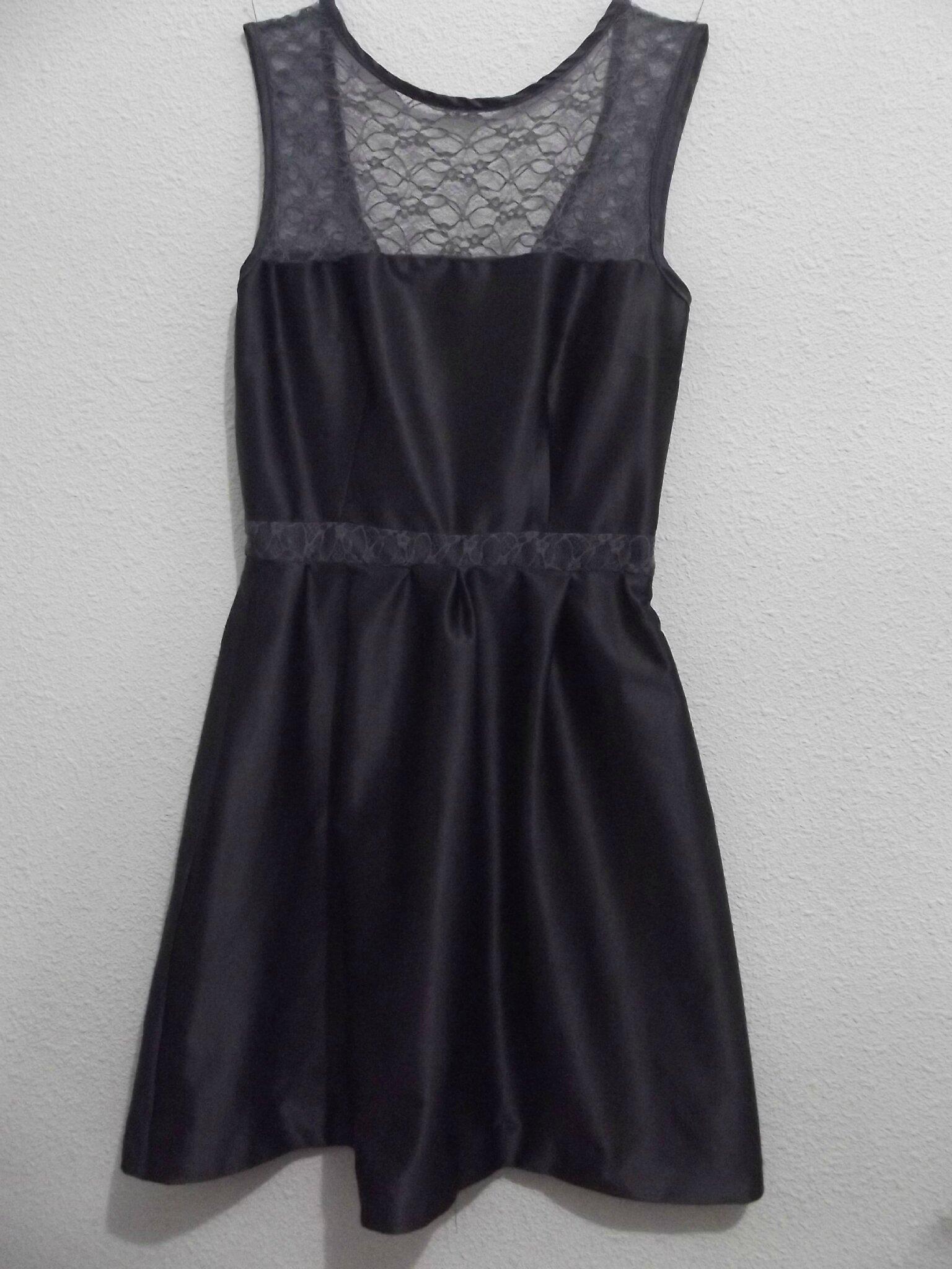 ma robe de f te de fin d 39 ann e de fil et d 39 harmonie. Black Bedroom Furniture Sets. Home Design Ideas