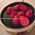 Poires au vin et au cassis, hibiscus et badiane