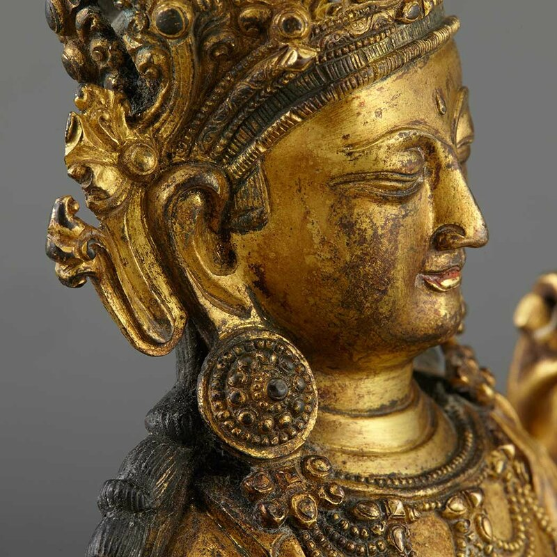 Sino-Tibetan Gilt-Bronze Seated Avalokesvara7