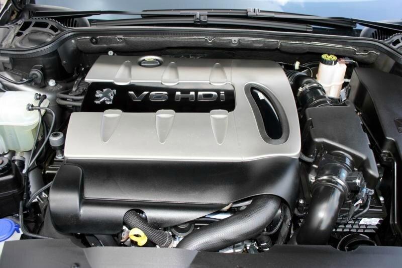 2010-Peugeot-407-Coupe-dvig
