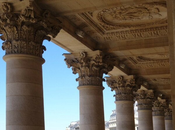 Théâtre Bordeaux colonnes