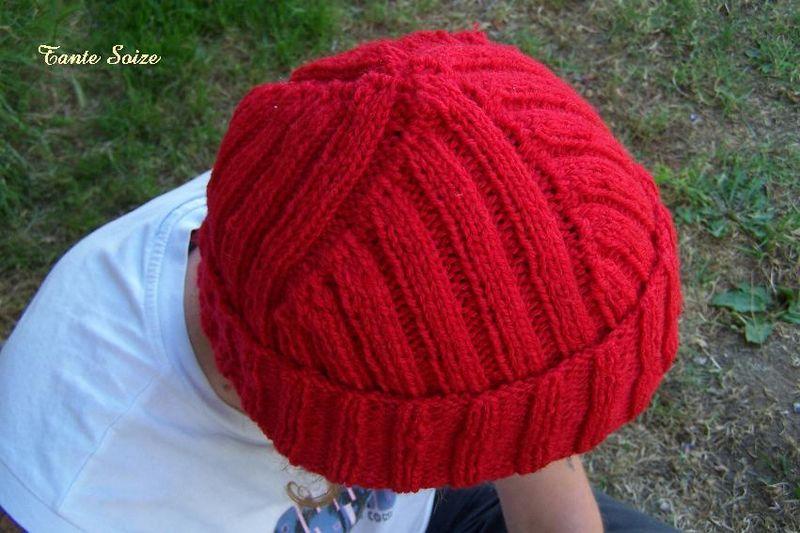 modele tricot bonnet cousteau