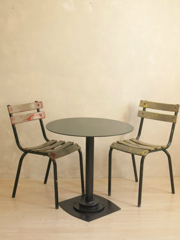 Table indistrielle