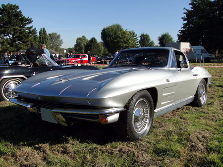 CHEVROLET Corvette Sting Ray Coupe 1963 Nesles Retro Expo 2010 1