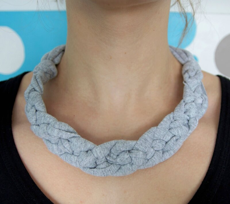 collier trapilho gris4