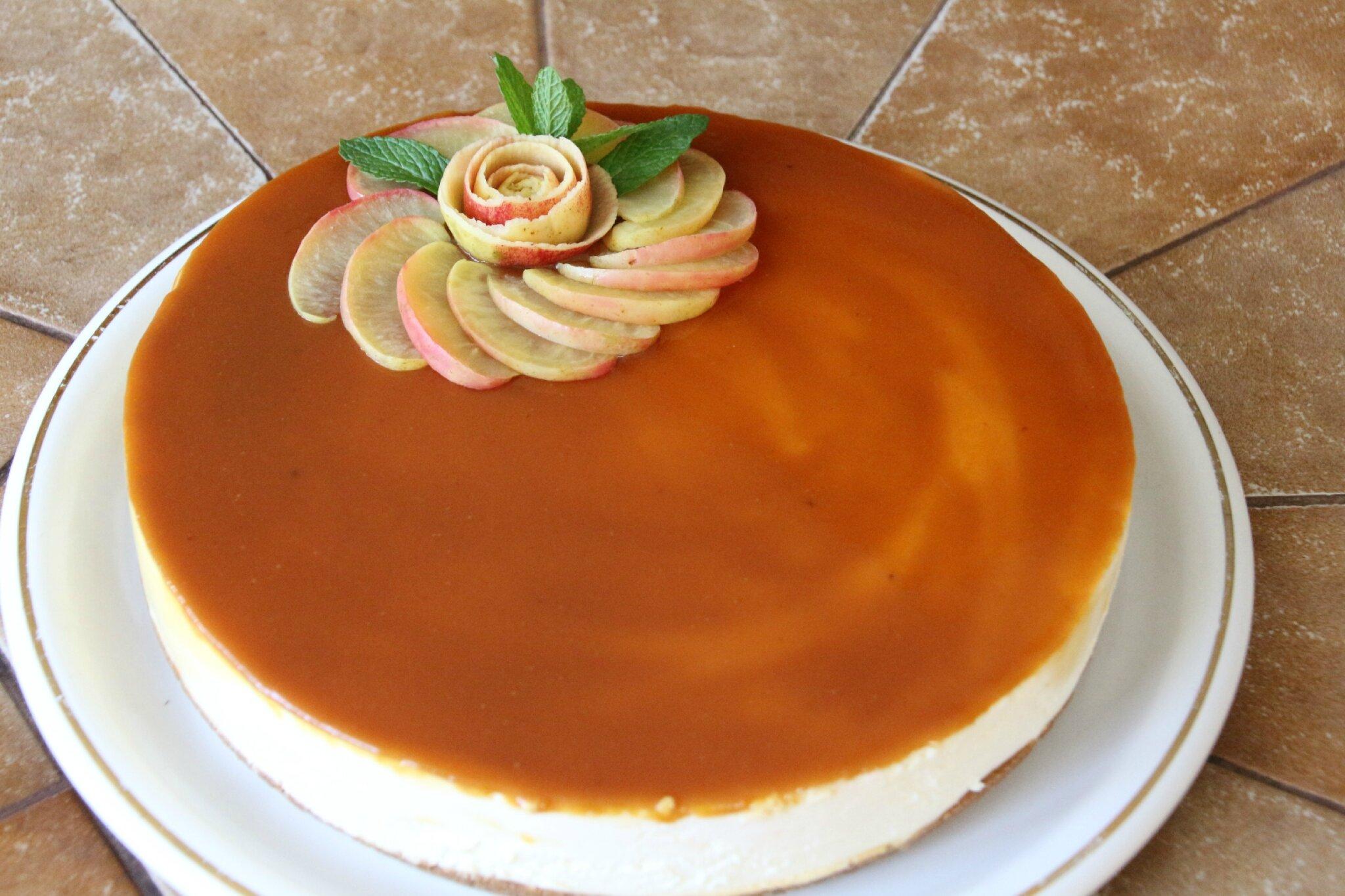 cheese cake sans cuisson aux pommes et caramel de jus