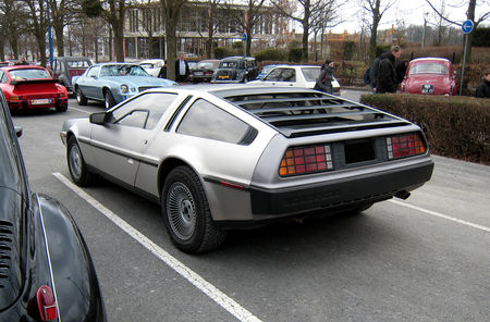 De_Lorean_dmc_12__23_me_Salon_Champenois_du_v_hicule_de_collection__02