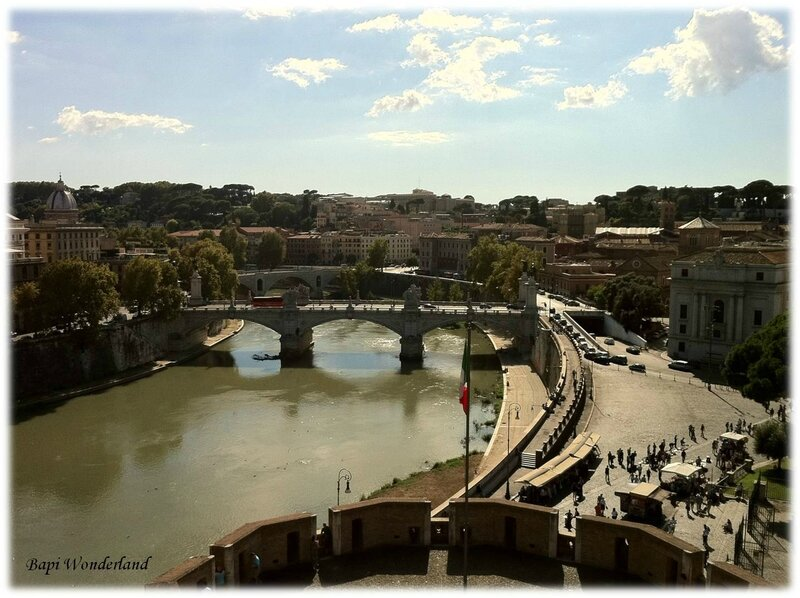 Message_11_09SEPTEMBRE_03_Rome_vue_du_Chateau_Saint_Ange