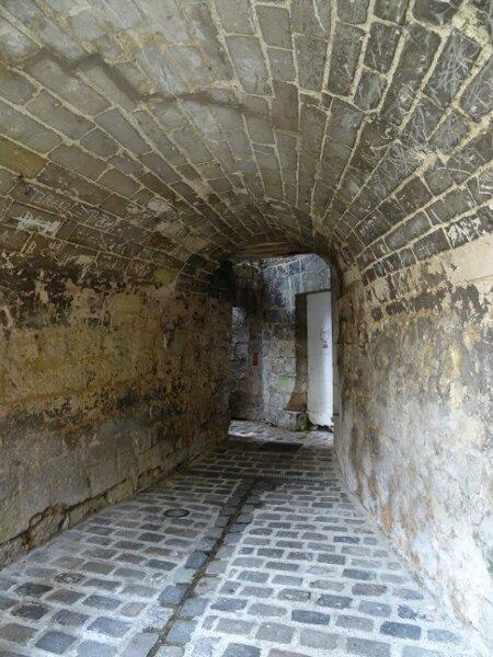 Rue pavée Laon2