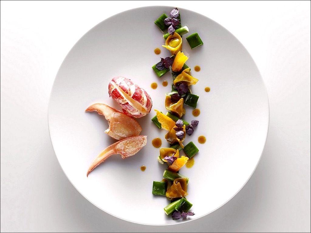 Homard bleu en cuisine visions gourmandes for Assiette cuisine