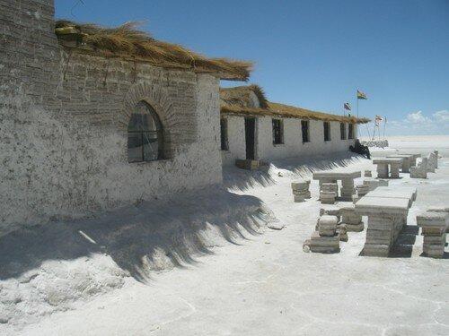 Salar Uyuni, Hotel de sel