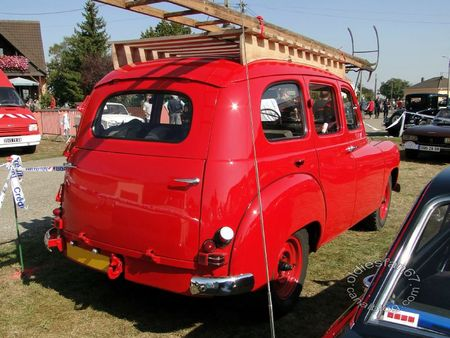 Renault colorale prairie vhicule d'incendie 1950 1956 31e Randonne Internationale des Vendanges de Rustenhart 2011 2