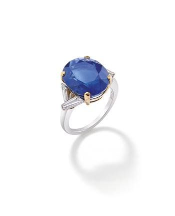 A_sapphire_and_diamond_ring__by_Van_Cleef___Arpels