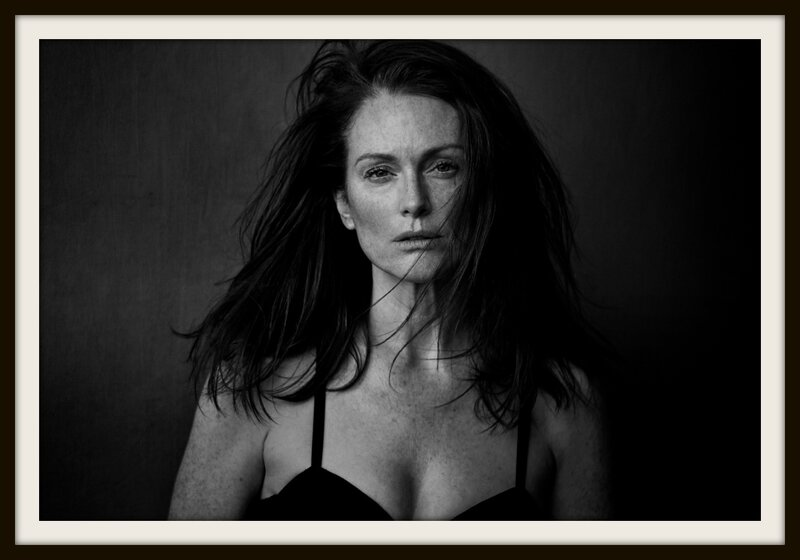 Peter-Lindbergh-2017-Julianne-Moore