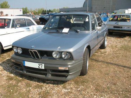 BMW520iav