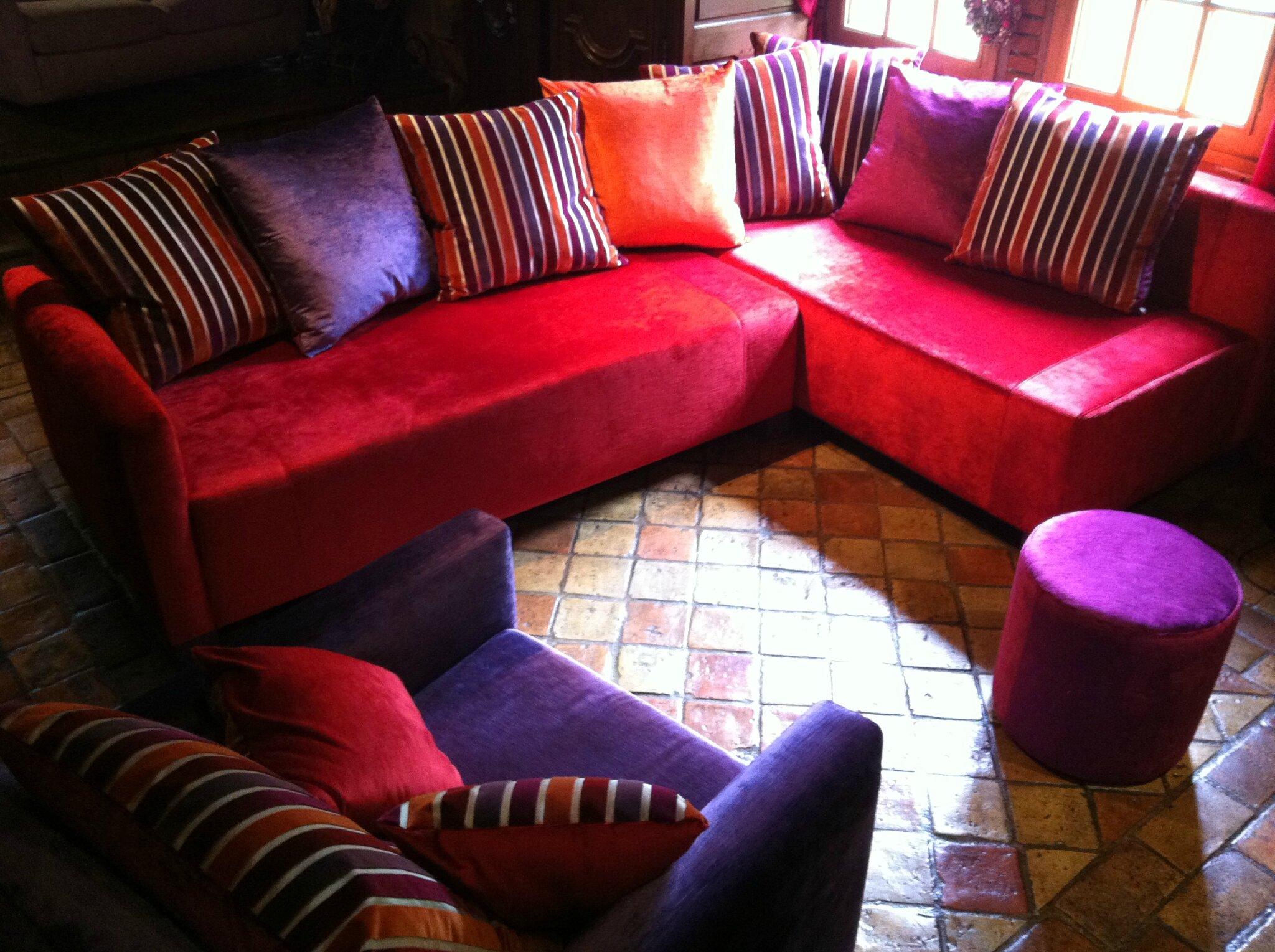 Canap d 39 angle et fauteuil de mr et mme c tendance chic for Teindre un canape tissus