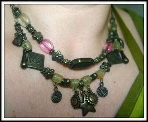 collier vert rose 1