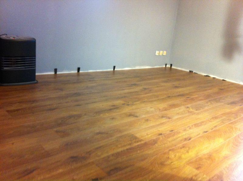samedi 3 d cembre parquet cuisine et meuble salle de bain notre projet la construction. Black Bedroom Furniture Sets. Home Design Ideas