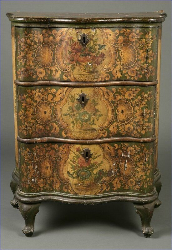 93b7e01333dc182ccba454efe78a8f7f--hand-painted-furniture-antique-furniture