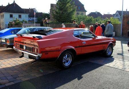 Ford_mustang_mach_1_coup__351__3_me_Rencontre_de_voitures_anciennes___Benfeld_2010__02