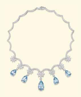 a_platinum_aquamarine_and_diamond_necklace_d5452130h