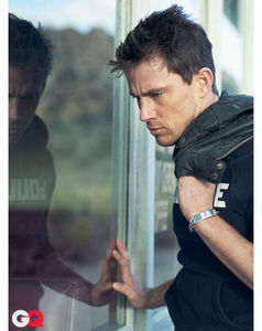 GQ_March_2011_photoshoot_channing_tatum_30618641_409_516
