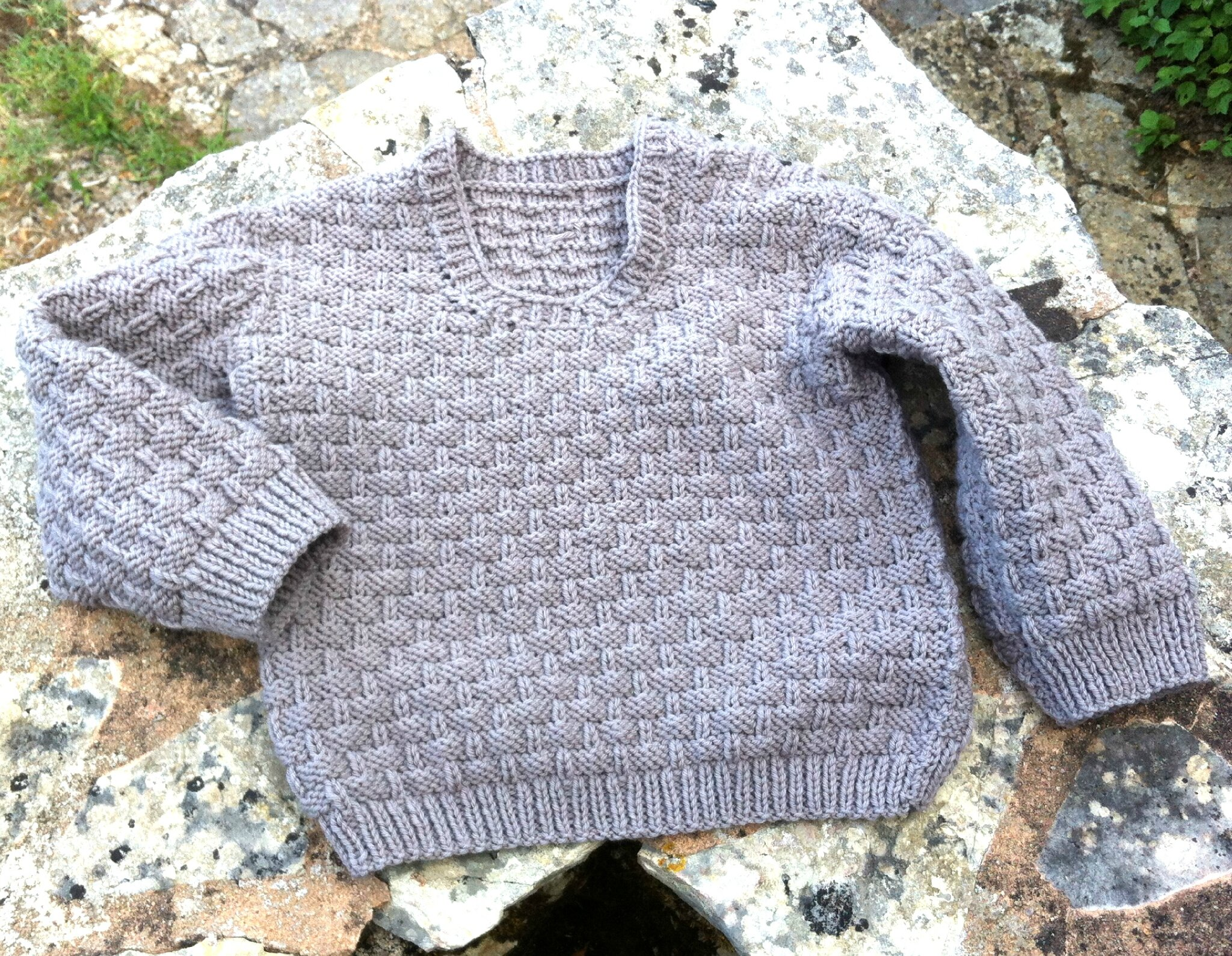 Pull de fille au point corbeille d 39 osier en taille 5 ans for Multiples de 6