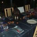 Une table au style oriental.