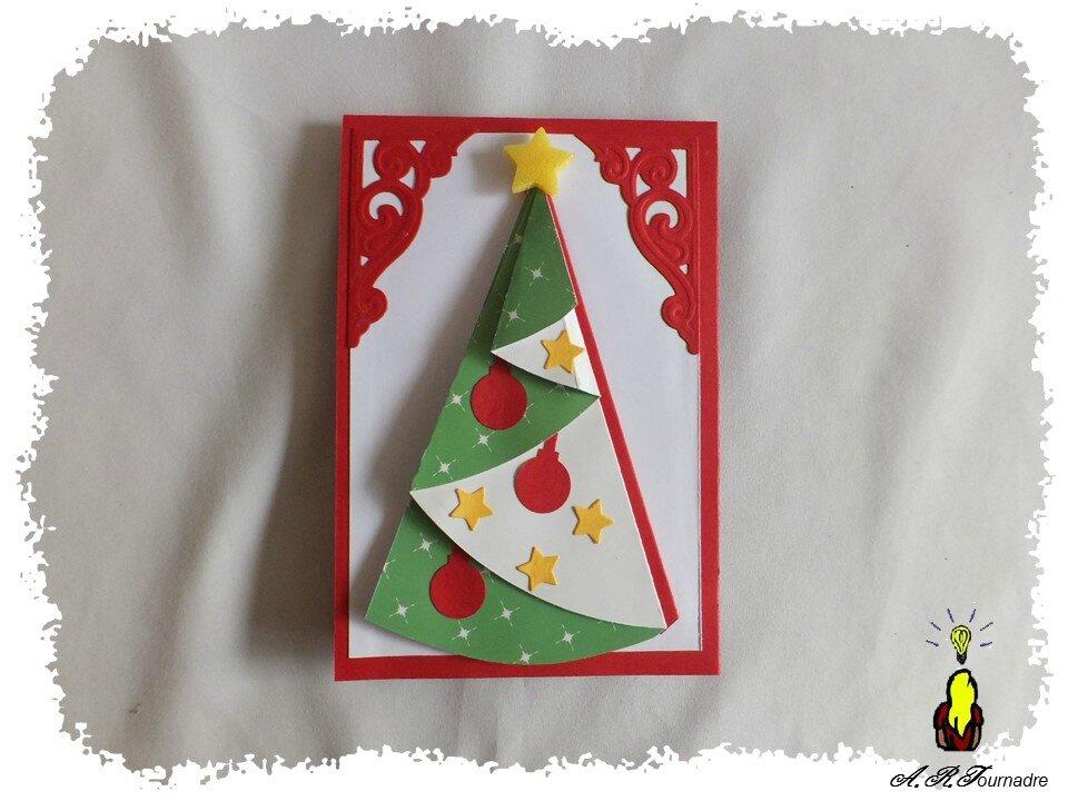 cARTe pop up twist : les lutins aident le Père Noël à préparer les