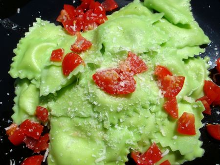 green_pasta_cooked